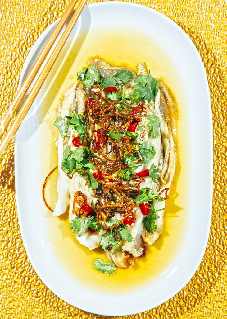 ensalada de berenjena picante tailandesa